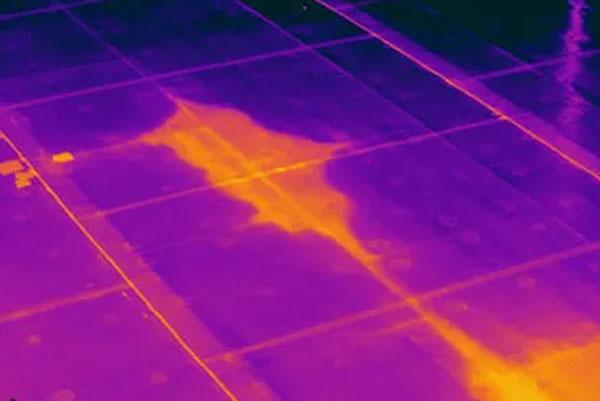 Infiltration d'eau sur toit plat